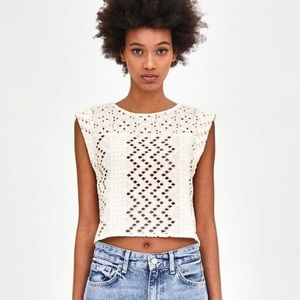 Like New Zara Guipure Off White Crop Top